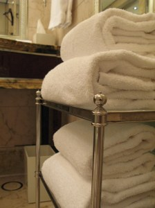 How do you tell if the hotel takes good care of its guests? Towels, of course.