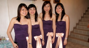 The 4 bridemaids (getting ready for the arrival of the guys - but still have the time for some cam-whoring!