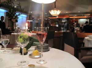 The Pierre Gagnaire restaurant - a masculine feel