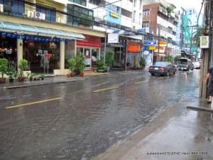 Flooded Soi 4 (Off Sukhumvit Rd)